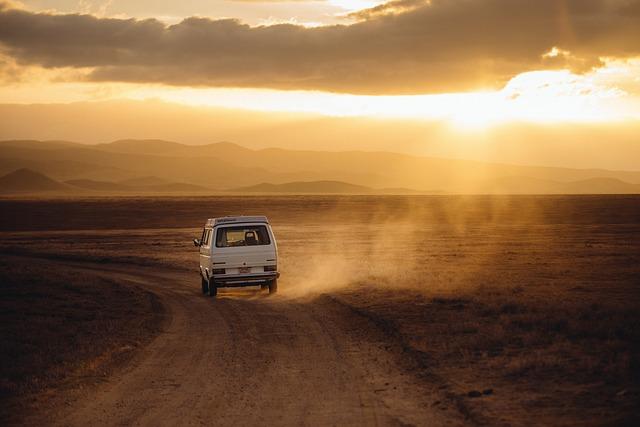Wyjazdy między krajami czy musimy jeździć prywatnym samochodem?